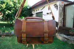 Handmade Aged Leather Messenger Bag / Crossbody Bag / Brown