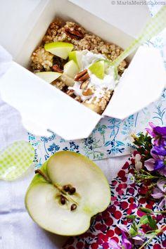 Acorn Squash-Quinoa Porridge {something like this} Breakfast Porridge, Quinoa Breakfast, Savory Breakfast, Sweet Breakfast, Quinoa Porridge, Vegetarian Breakfast Recipes, Delicious Vegan Recipes, Brunch Recipes, Real Food Recipes