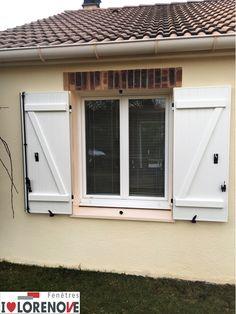 La Porte Fenêtre Avec Volet Roulant Integre Est Sur Mesure Il N - Porte fenetre standard