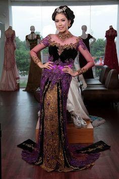 prepare for fashion show kebaya modern 2015