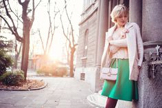 darya-kamalova-thecablook-fashion-blog-russian-blogger-italy-moda-street-style-pixie-short-hair-fashion-blogger-chichwish-green-midi-skirt-pale-rose-sweater-cocon-coat-asos-ankle-boots-valentibo-stud-rock-bag-brescia
