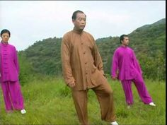 ▶ Qigong /5 animal - YouTube - Nota : position finale : main droite sur gauche…