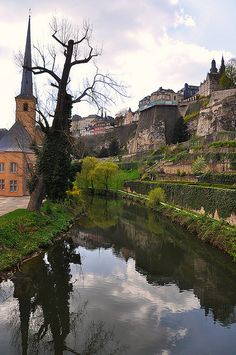 #Luxembourg Do you need a #lawyer in #Luxembourg? http://www.lawyers-luxembourg.com/verification-of-a-company-in-luxembourg