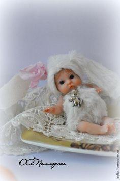 Купить Вика - белый, малышка, девочка, миниатюра, куколка, мини-пупс, зайка, девочка-зайка