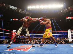 Now THAT'S a knockout! Beyonce distracts at Fight Of The Century #dailymail