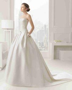 現代の ビスチェ ノースリーブ ボールガウン 花嫁のドレス ウェディングドレス Hro0111