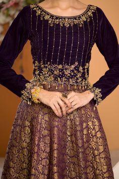 Black Pakistani Dress, Pakistani Kids Dresses, Shadi Dresses, Pakistani Wedding Outfits, Pakistani Suits, Beautiful Dress Designs, Beautiful Dresses, Velvet Dress Designs, Tandoori Masala