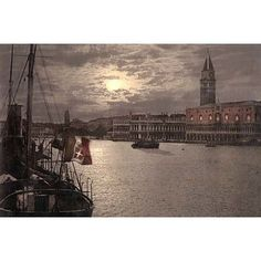 Buyenlarge 'Grand Canal and Doges Palace' Photographic Print