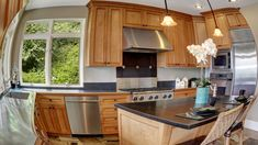 Your kitchen's layout and design can subtly influence your eating behavior—and even sneakily make you fat. Kitchen Layout, Kitchen Ideas, Corian, Real Estate Services, Kitchen Remodel, Home Improvement, Fat, Make It Yourself, Willpower