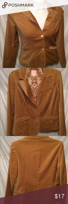 Selling this Velour blazer on Poshmark! My username is: 1bbuckwalt. #shopmycloset #poshmark #fashion #shopping #style #forsale #Old Navy #Jackets & Blazers