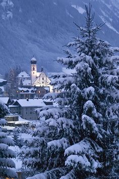 Snowy Dusk, La Iglesia, Switzerland  photo via kathy