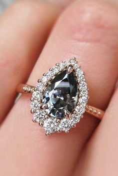 0c4cfbb84 Wow I adore this engagement ring.. #princesscutengagementrings