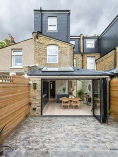 contemporary extension by JLB Property Development Terrace House Exterior, Victorian Terrace Interior, Victorian Homes, Loft Conversion Victorian Terrace, Victorian House Interiors, House Extension Plans, House Extension Design, House Design, Extension Ideas