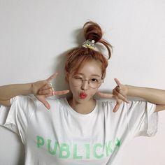 Oh My Girl Yooa, Iphone Wallpaper Fall, Red Velvet Seulgi, Extended Play, My Sunshine, South Korean Girls, Kpop Girls, Girl Group, Jung Kook