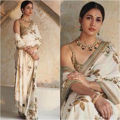 Bollywood Wedding, Bollywood Saree, Saree Wedding, Bollywood Fashion, Indian Bollywood, Bridal Lehenga, Red Saree, Saree Blouse, White Saree