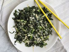 Seaweed salad with kale