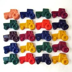 CHILDREN'S TRACTOR CRAYONS  Party Pack of 20 by ivylanedesigns, $22.00