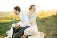 The details of the shoot's styling lend inspiration for an intimate & relaxed countryside engagement session, things like having a ride on one sweet Vespa