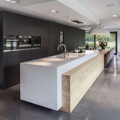 Minimalist Kitchen Design and Style, Contemporary Kitchen Designs 2018 What for Dummies - kindledecor Kitchen Room Design, Home Decor Kitchen, Interior Design Kitchen, New Kitchen, Kitchen Units, Kitchen Ideas, Kitchen Soffit, Kitchen Walls, Kitchen Black