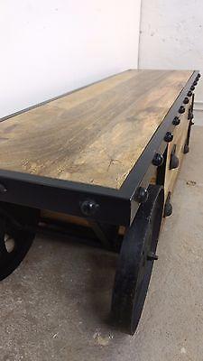 TV-Lowboard mit Rädern Sideboard Massivholz Industrial Design Loft Möbel Kommode