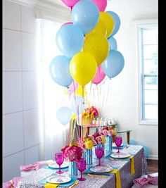 Been searching for the perfect girly party? Kara's Party Ideas presents a Glam Carnival Birthday Party that is filled with darling ideas and photos! Colorful Birthday Party, Carnival Birthday Parties, Circus Party, Birthday Decorations, Cumpleaños Soy Luna Ideas, Party Fiesta, Troll Party, Party Banners, Son Luna