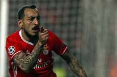 @Benfica #Mitroglou #Glorioso #SLB #UCL #9ine Champions, Football, Baseball Cards, Fictional Characters, Fez, Everything, Amor, Home, Borussia Dortmund