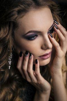 Black mermaid dress #fashion #fashionblogger #blackdress #longdress #black #nails #blacknails #silver #makeup #smokey Black Mermaid Dress, Black Nails, Septum Ring, Make Up, Rings, Casual, Silver, Jewelry, Fashion