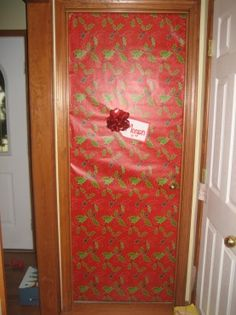 Christmas Front Door   Wrapping Paper Or Fabric To (cover Up Window)...use  Ribbon | Christmas | Pinterest | Christmas Front Doors And Wrapping Papers