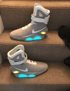 huge selection of 4d4ff 81824 Details about Nike Air Mags Back To The Future II Marty McFly Shoes Size 11