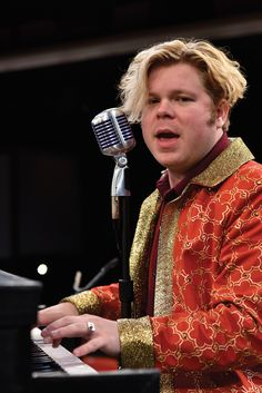 John Countryman is thrilling audiences with  his portrayal of Jerry Lee Lewis at The Fireside Dinner Theatre.