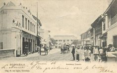 Jalan Kembang Jepun 1906 East India Company, Dutch East Indies, Dutch Colonial, Historical Pictures, Surabaya, Old Photos, Instagram Story, Netherlands, Street View
