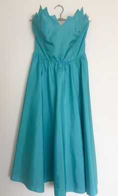 a85fbebb682 1980s Aqua Green Prom Dress Vintage