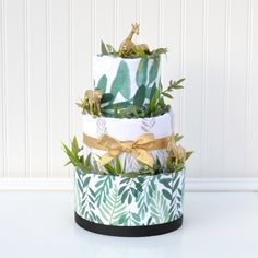 Gold Safari Animal Baby Shower Diaper Cake, Modern Safari Shower Decoration by Baby Blossom Company Baby Shower Table, Baby Shower Diapers, Baby Shower Cakes, Baby Shower Themes, Baby Shower Decorations, Shower Ideas, Cake Decorations, Safari Elegante, Baby Bouquet