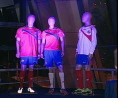 Presentación oficial del uniforme de la Selección Nacional