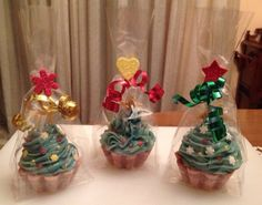 Soaps packaged for Christmas Christmas Soap, Soap Bubbles, Soap Packaging, Red Wing, Soaps, Wings, Lol, Candles, Inspiration