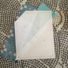 Bryan House Quilts: Paperless Paper Piecing {Tutorial} ~ this one uses freezer paper and you sew right next to the folded over 'foundation'. Clever method.