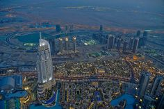 The view from inside | Burj Khalifa From Inside and Top Floor View [Awesome Pictures]
