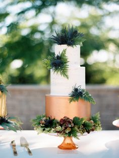 Rustic wedding cake with a touch of copper: Photography : Kristin La Voie Photography Read More on SMP: http://www.stylemepretty.com/little-black-book-blog/2016/08/01/rustic-glam-wedding-inspiration-win/