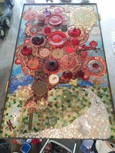 in progress Glass Ceramic, Mosaic Glass, Stained Glass, Glass Art, Mosaic Ideas, Mosaic Projects, Mosaic Pictures, Mosaic Madness, Mosaic Flowers