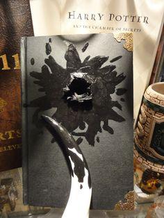 Tom Riddle's Diary Horcrux & Basilisk Fang