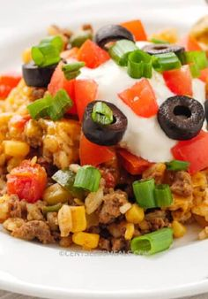 Easy Taco Casserole (Perfect Weeknight Dinner) - CentsLess Meals Mexican Food Recipes, Beef Recipes, Chicken Recipes, Mexican Dishes, Cheese Recipes, Salsa Chicken, Baked Chicken, Easy Taco Casserole, Chicken Casserole