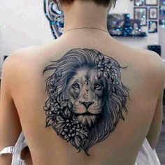 Lion Tattoo Ideas For Girls - Best Tattoos For Women: Cute, Unique, and Meaningf. Tattoo Femeninos, Head Tattoos, Life Tattoos, Body Art Tattoos, Small Tattoos, Sleeve Tattoos, Cool Tattoos, Hammer Tattoo, Capricorn Tattoo