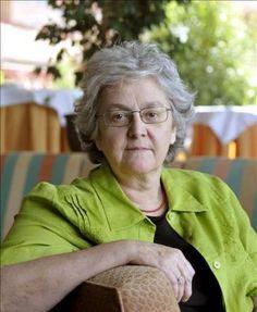 """En El pais sobre periodismo del siglo XXI:  HABLA Soledad Gallego-Díaz: """"Si te van a matar no te suicides""""."""