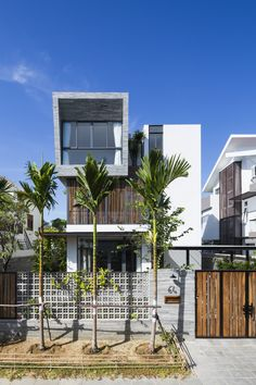 Modern Residential House Design in the Style of Vertical Houses Building Exterior, Building Design, Facade Design, Exterior Design, Beautiful Modern Homes, Narrow House, Box Houses, House Elevation, Space Architecture