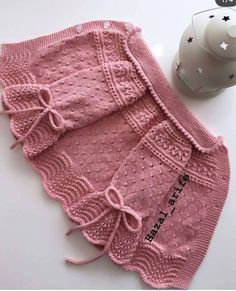 Bind Off Knitting Stitches Baby Knitting Knitting Patterns Crochet Patterns Crochet Basics Sweater Design Baby Sweaters Crochet For Kids Easy Knitting Patterns, Knitting For Kids, Knitting Designs, Baby Patterns, Free Knitting, Baby Knitting, Crochet Patterns, Knitting Stitches, Dress Patterns