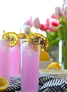 Lavender Lemonade is a pretty and delicious fragrant drink perfect for any party or baby shower! Fun, bright, and yummy! Non-alcoholic or boozy! Easter Drink, Easter Cocktails, Easter Brunch, Non Alcoholic Drinks Easter, Alcoholic Cocktails, Party Drinks, Cocktail Drinks, Fun Drinks, Beverages
