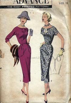 Vintage 1950s Wiggle Sheath Dress Large Pouch Pockets by sydcam123, $16.00