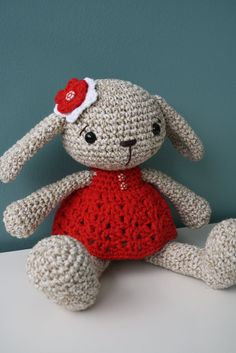 PATTERN - Miss Bunny - crochet pattern, amigurumi pattern, pdf from lilleliis on Etsy Studio Bunny Crochet, Amigurumi Toys, Crochet Patterns Amigurumi, Crochet Animals, Crochet Dolls, Free Crochet, Miss Bunny, Bunny Bunny, Bunnies
