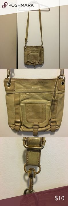 The Sak Crossbody This bag has been VERY loved and is in fair condition. The strap is peeling and the bag is older and needs to be cleaned. Price reflects condition.  You can also remove strap and use as a clutch. The Sak Bags Crossbody Bags