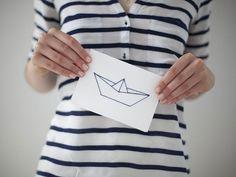 La carte brodée bateau en origami